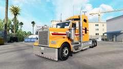 Skin Dust Orange on the truck Kenworth W900